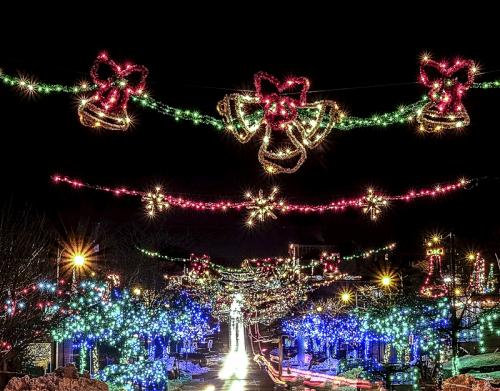 Ladysmith Lights © Sue Williams