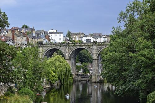 Knaresborough, Yorkshire © Lindsey Woods