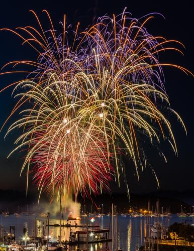 Nanaimo Fireworks © Terry Jones